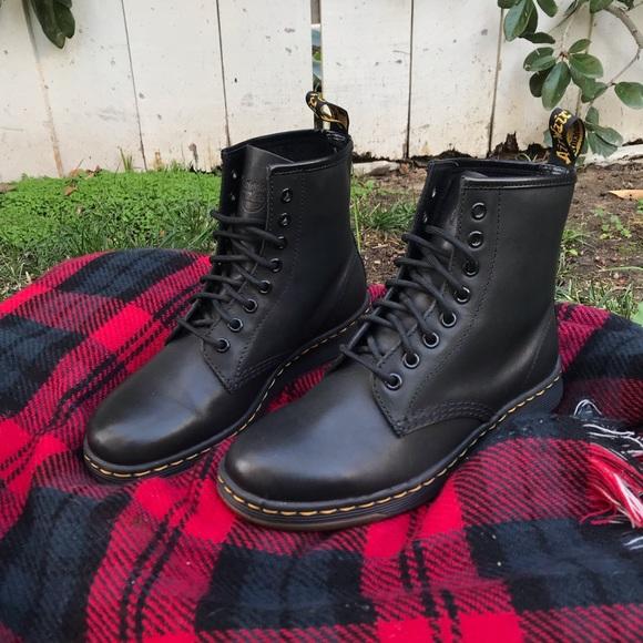 Dr. Martens DM LITE NEWTON Boots Black UK 5 US 7